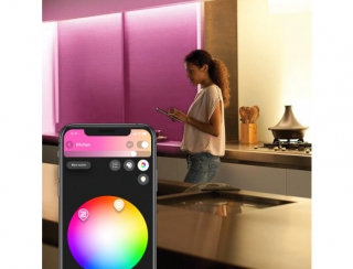 PHILIPS HUE - Lumière d'ambiance HW&CA Indoor LightStrips+ 2m base connectique